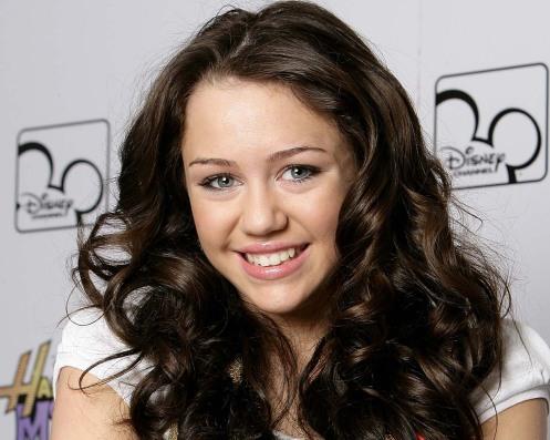 73730165CG005_Miley_Cyrus_P