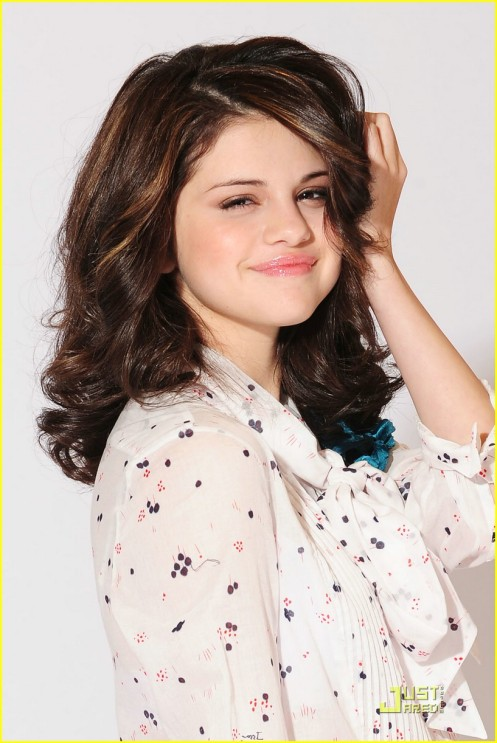 selena-gomez-shoes-shoes-04