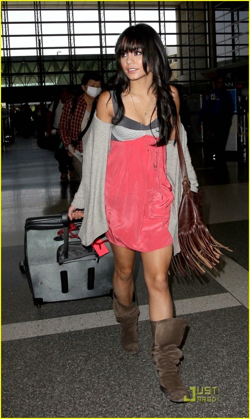 vanessa-hudgens-laxl-lovely-06