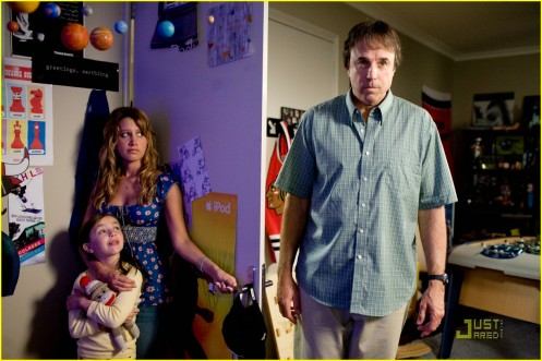 ashley-tisdale-aliens-stills-07