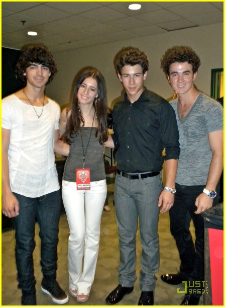 tiffany-giardina-jonas-brothers-izod-center-01